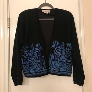 Embroidered vintage wool cardigan S 💙